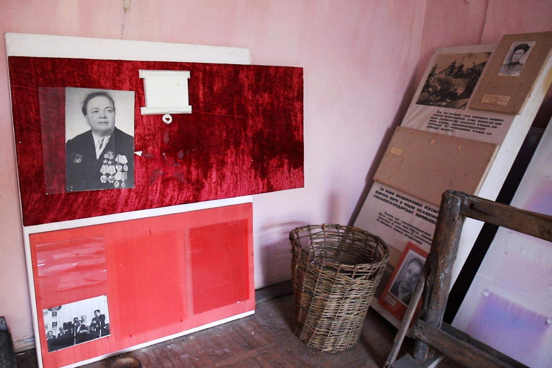 eksperymentalni sela 11 - <b>Соціальний експеримент над селянами.</b> Навіщо в СРСР із села хотіли зробити місто - Заборона