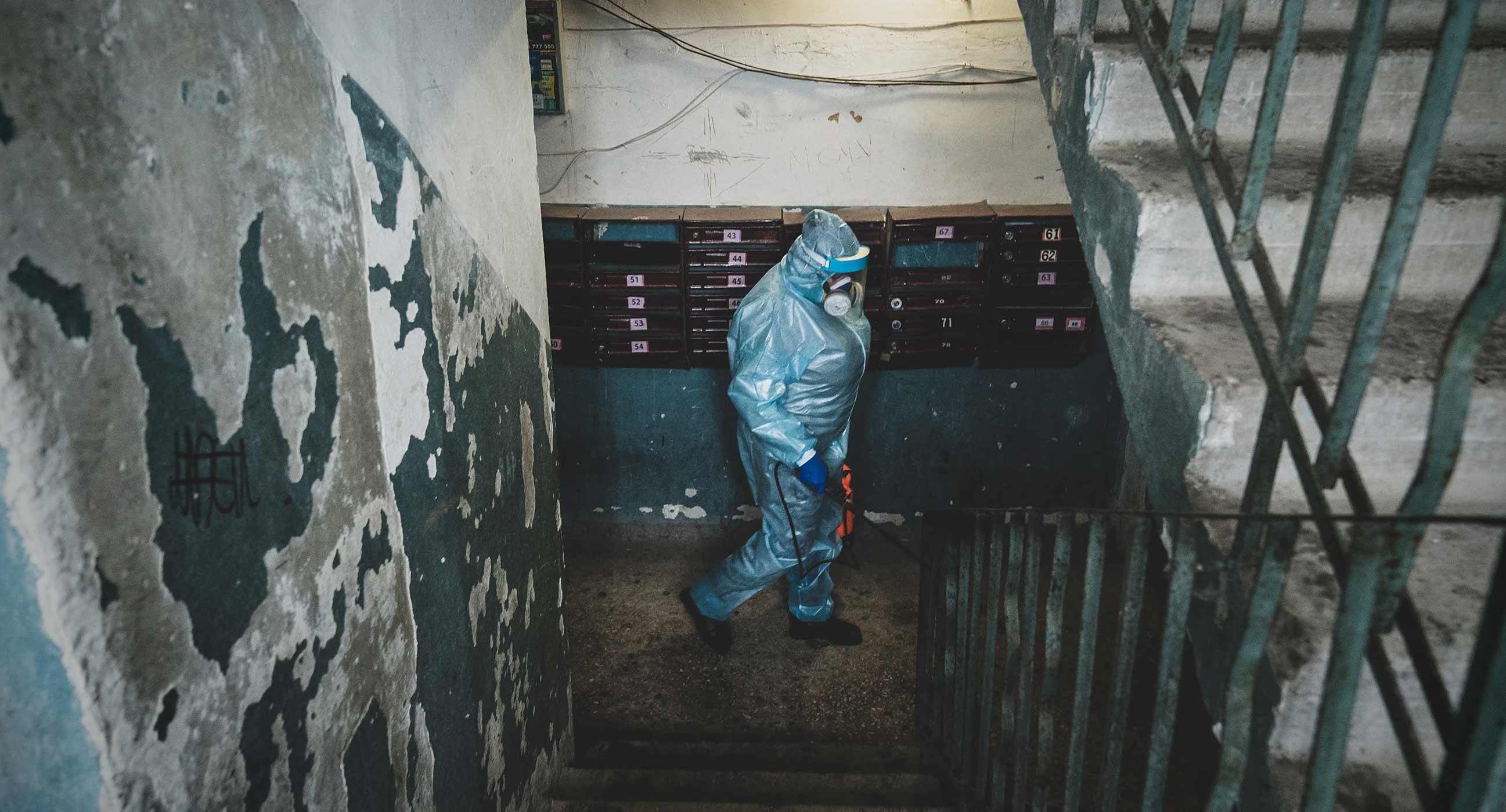 Пандемия в серой зоне. Фоторепортаж Забороны о том, как Луганская область борется с коронавирусом