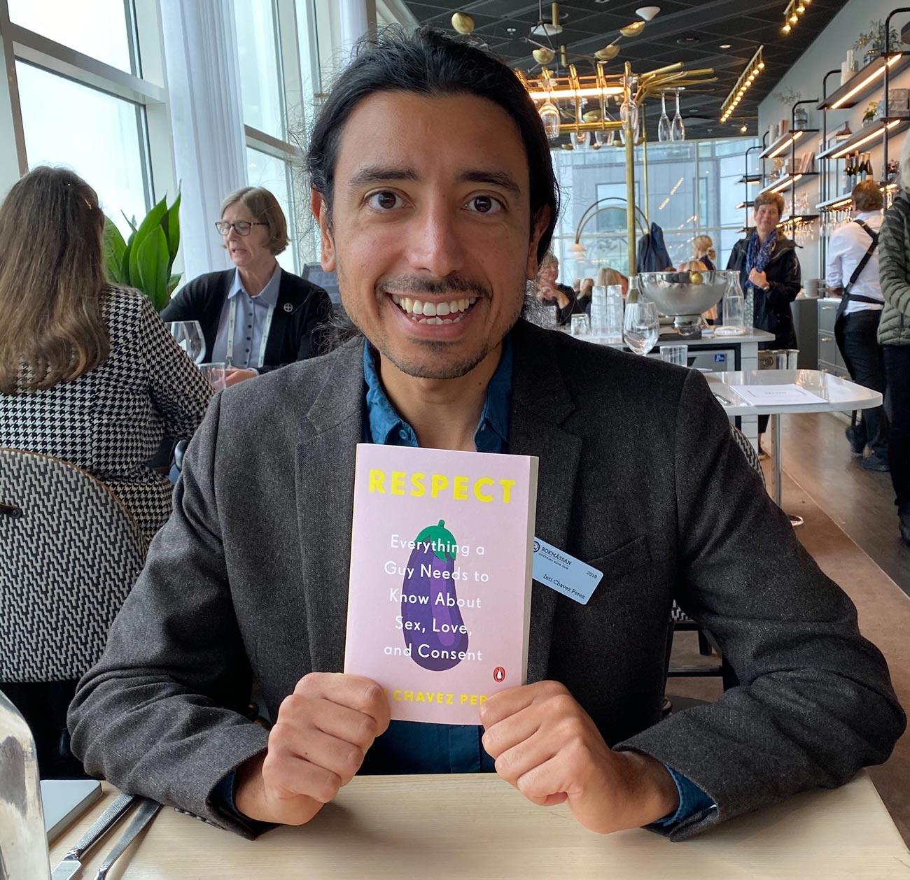 respect book author - <b>В Україні хочуть видати книжку про статеві стосунки для хлопчиків, але без розділу про одностатевий секс</b> - Заборона