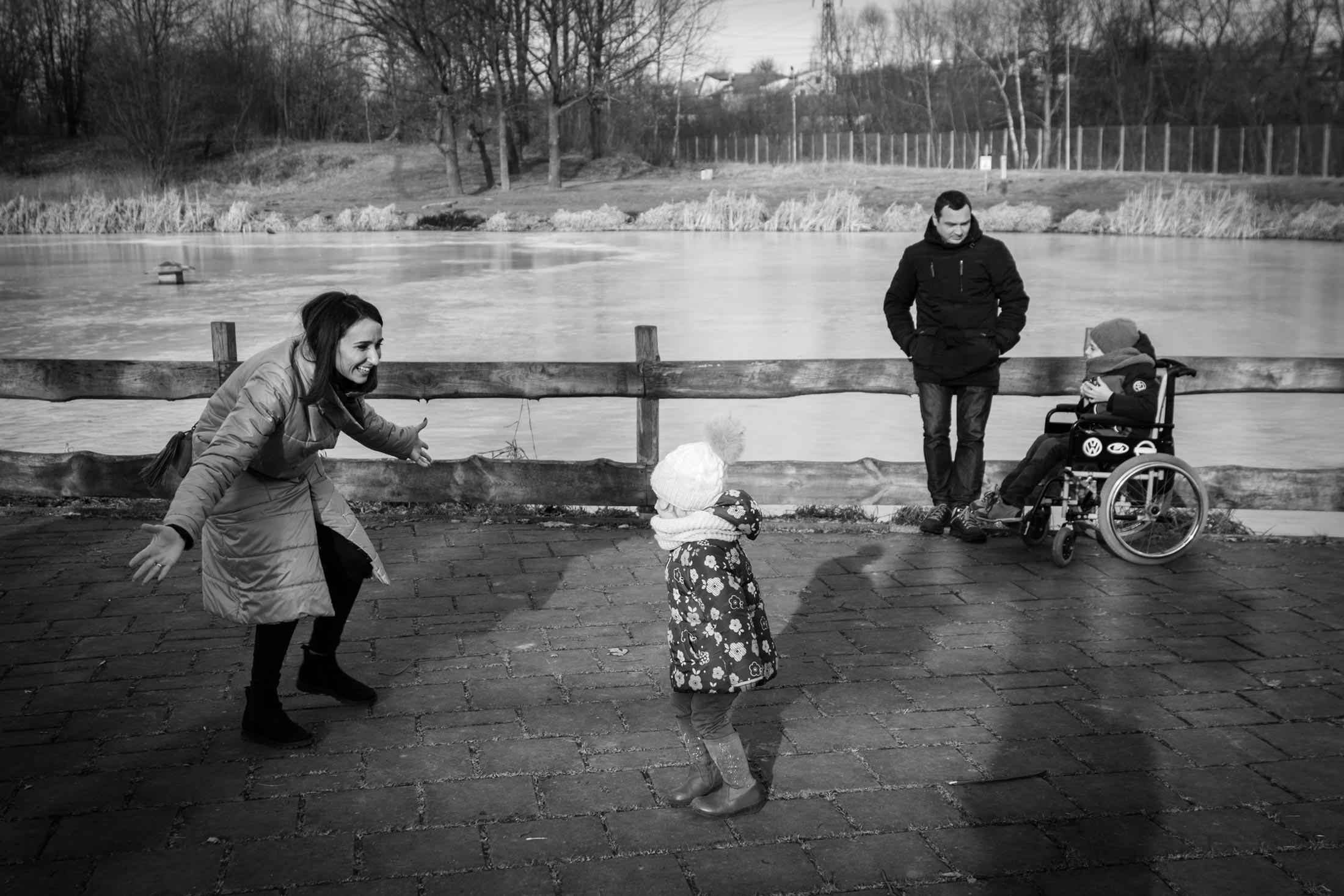 yaroslava nikanshin 08 - <b>Таке життя.</b> Як спілкуватися із батьками дітей з особливими потребами й не перетворювати розмову на щось особливе - Заборона