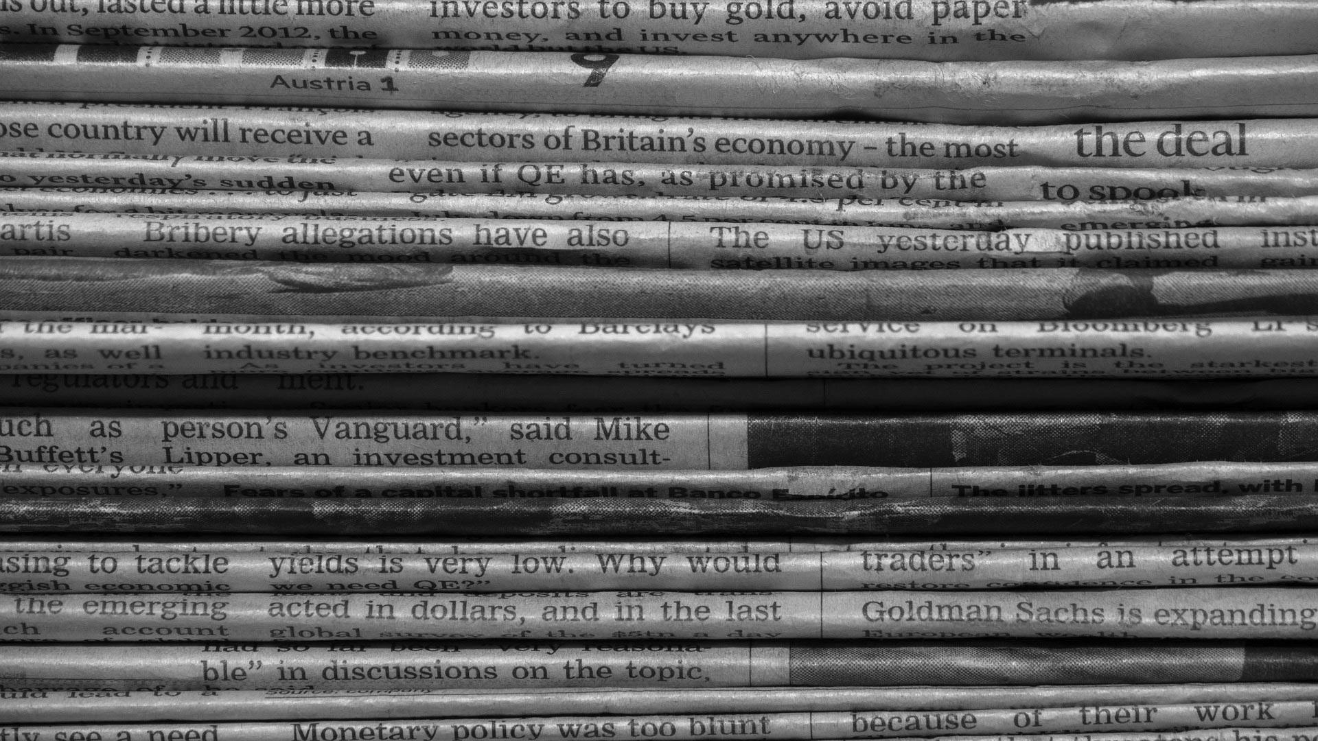 background newspaper - <b>Від новин голова обертом:</b> як бути в курсі подій і не з'їхати з глузду? - Заборона