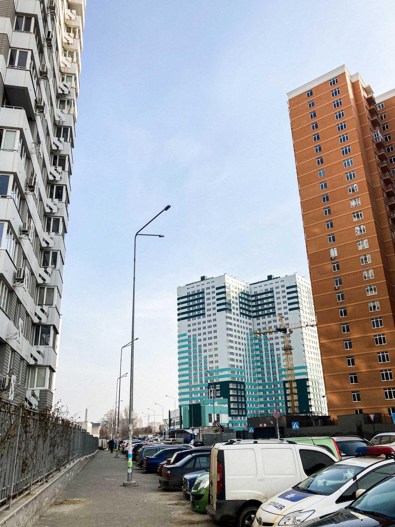 odesa property pelymski 03 - <b>75 метров беззакония.</b> В Одессе строят жилой комплекс, который угрожает полетам и госбезопасности - Заборона