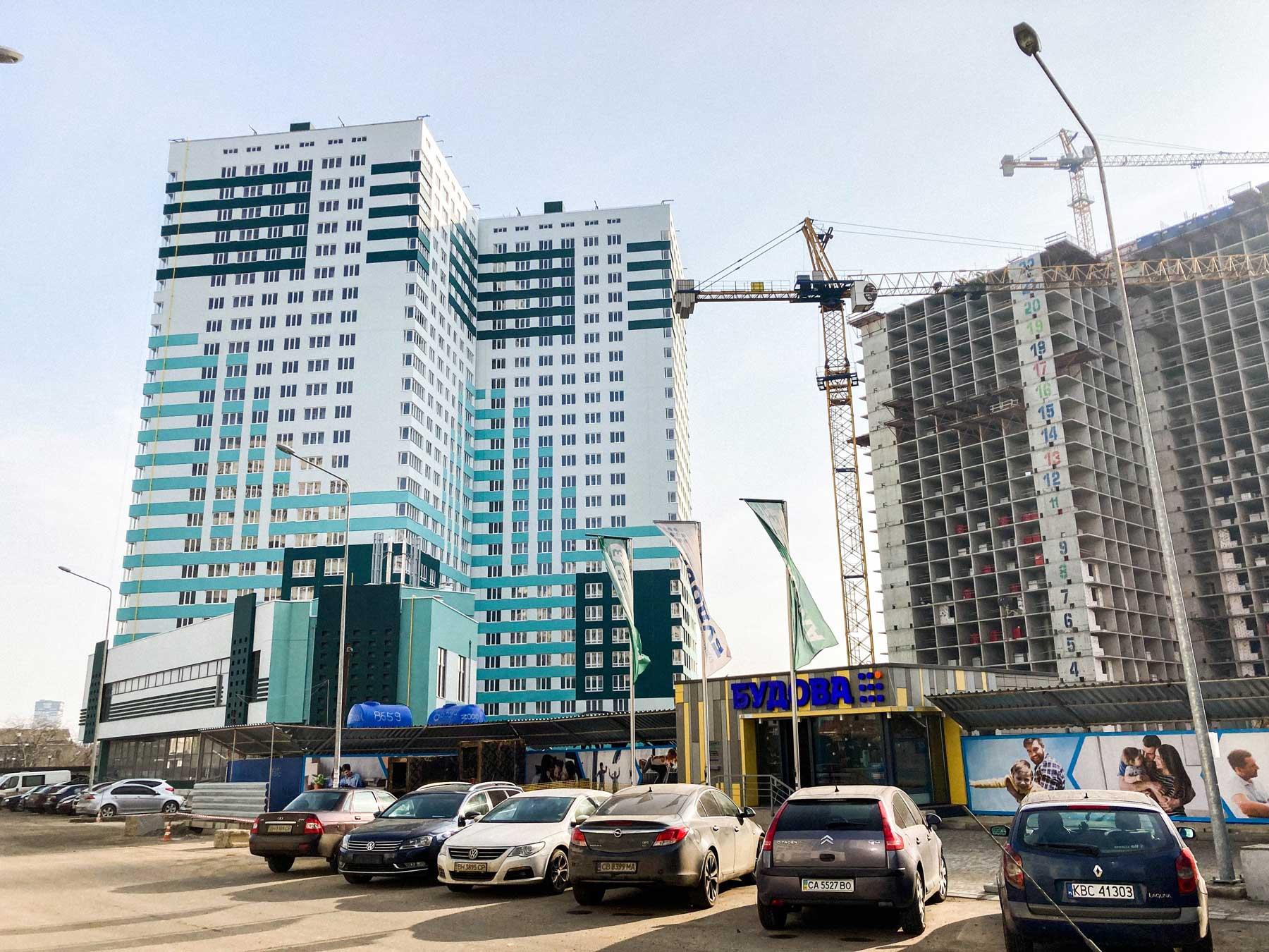 odesa property pelymski 04 - <b>75 метров беззакония.</b> В Одессе строят жилой комплекс, который угрожает полетам и госбезопасности - Заборона