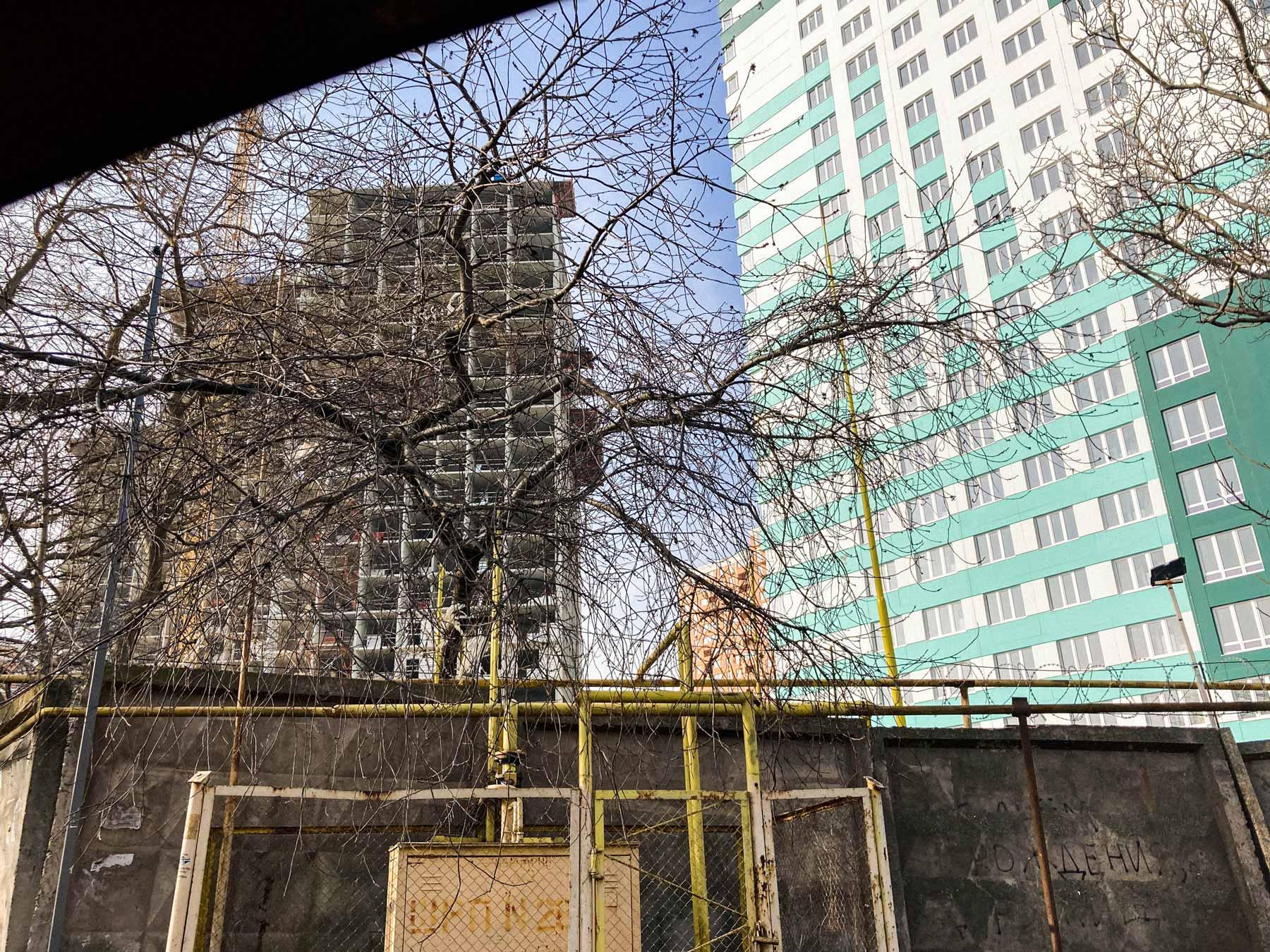 odesa property pelymski 05 - <b>75 метров беззакония.</b> В Одессе строят жилой комплекс, который угрожает полетам и госбезопасности - Заборона