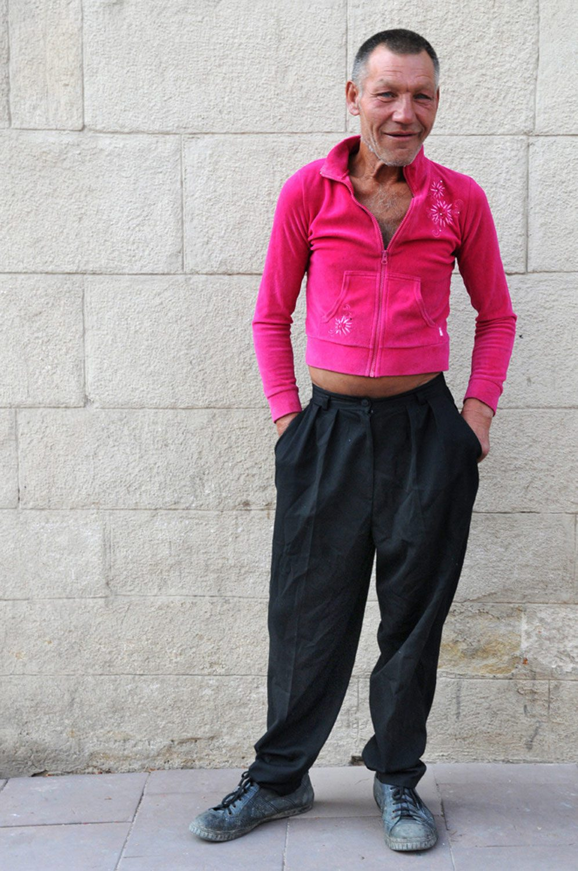 slaviks fashion fb 10 - <b>Мода Славика.</b> Фотосерия о львовском бездомном — в «Уровне цензуры» - Заборона