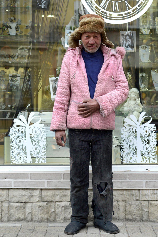 slaviks fashion fb 20 - <b>Мода Славика.</b> Фотосерия о львовском бездомном — в «Уровне цензуры» - Заборона