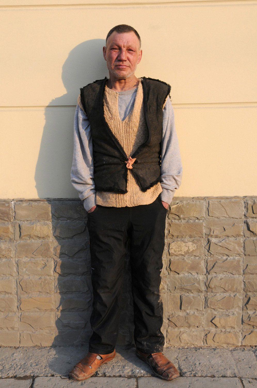 slaviks fashion fb 21 - <b>Мода Славика.</b> Фотосерия о львовском бездомном — в «Уровне цензуры» - Заборона