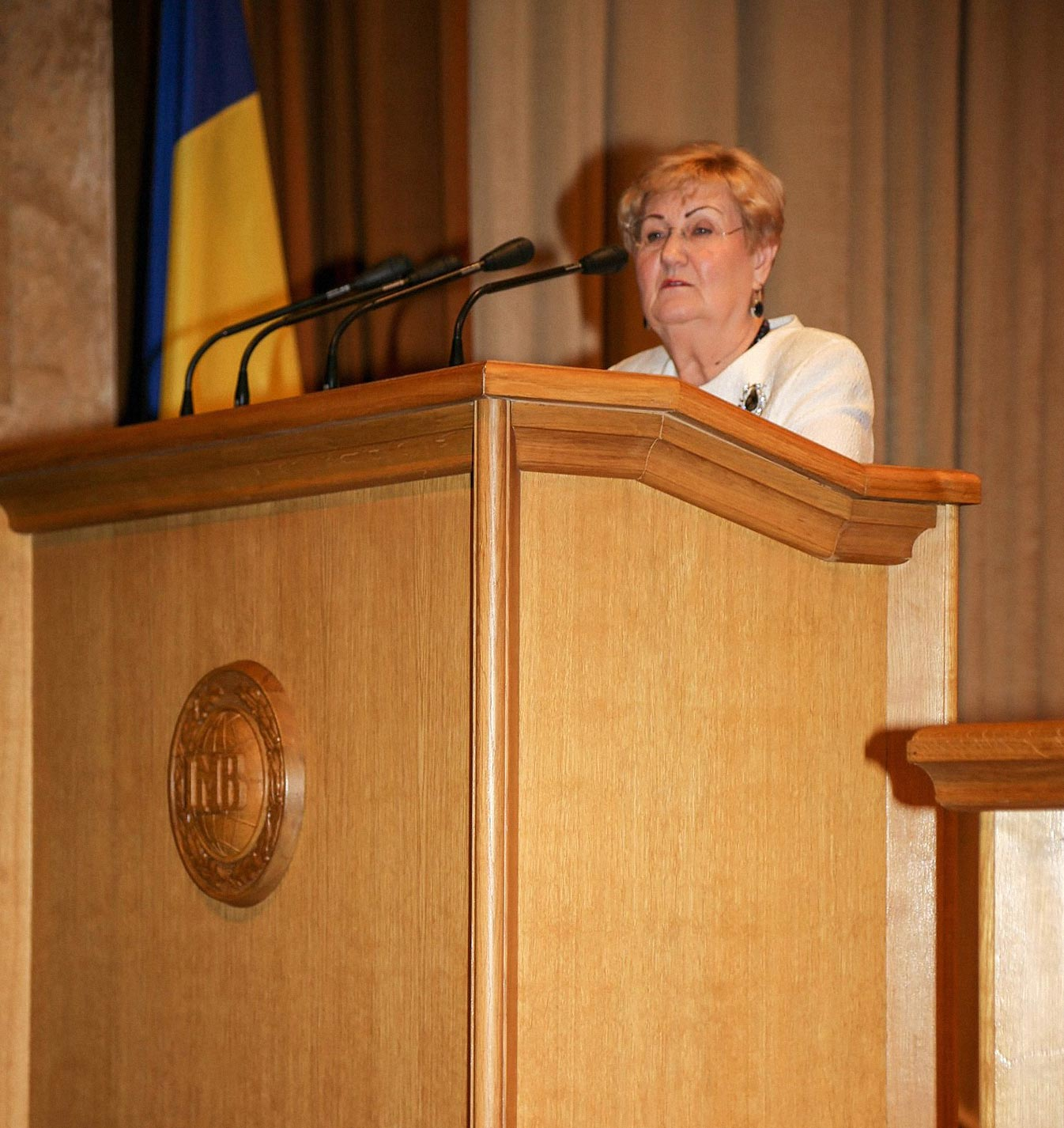valentyna daneiko - <b>Во Львовской политехнике преподавательница назвала геев и лесбиянок больными.</b> Что делать, если вас унижают в университете? - Заборона