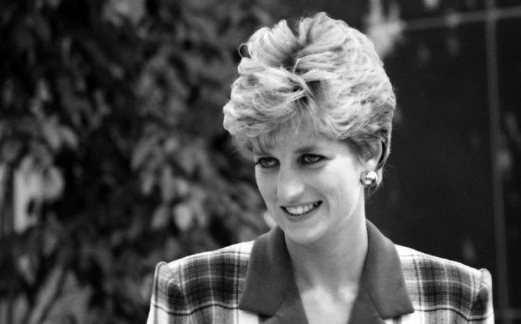 Королівська родина звинувачує BBC у брехні та некомпетентності. Розповідаємо, що відбувається між журналістами й монархією