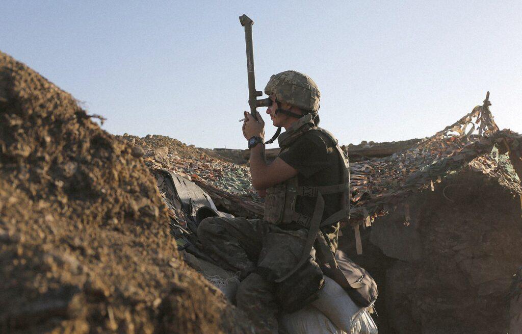 ato donbass war ukraine 3 1024x655 - <b>«Відповідаю на всі дзвінки — раптом син передзвонить».</b> Хто і як в Україні шукає зниклих безвісти на Донбасі - Заборона