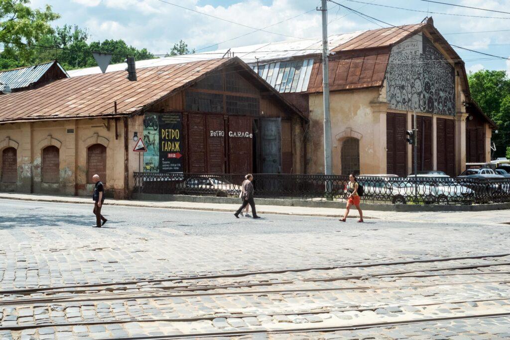 lem station 2021 0490 1024x682 - <b>Лаунж-зона і перформанси замість цехів.</b> Як в українських містах закинуті заводи й депо перетворюють на креативні хаби - Заборона