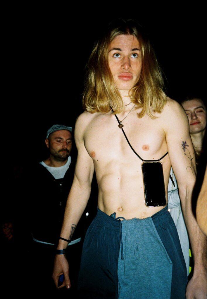 queer veselka 12 708x1024 - <b>Квир Veselka.</b> Как диджей Стас Твиман создает безопасные небинарные вечеринки — и почему это важно для Киева - Заборона