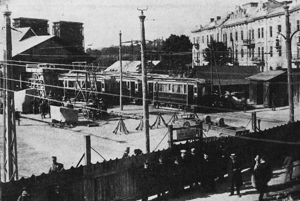 revitalization lviv 02 - <b>Лаунж-зона і перформанси замість цехів.</b> Як в українських містах закинуті заводи й депо перетворюють на креативні хаби - Заборона