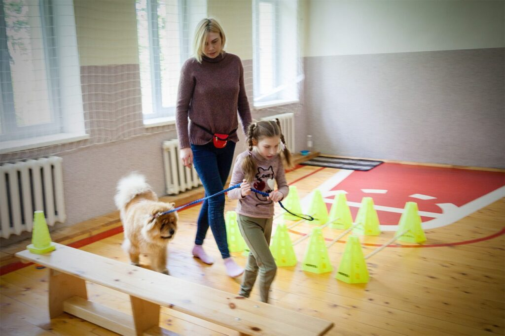 social cynology 1419 1024x682 - <b>Одно сердце на двоих.</b> Как собаки помогают людям с инвалидностью и без - Заборона
