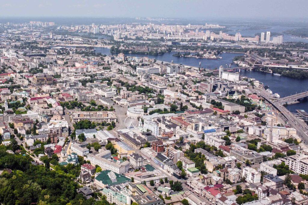 artem zhukov unsplash 1024x683 - <b>Вода в Дніпрі більше не придатна для пиття.</b> Розповідаємо, чому так сталося та як змінити ситуацію - Заборона