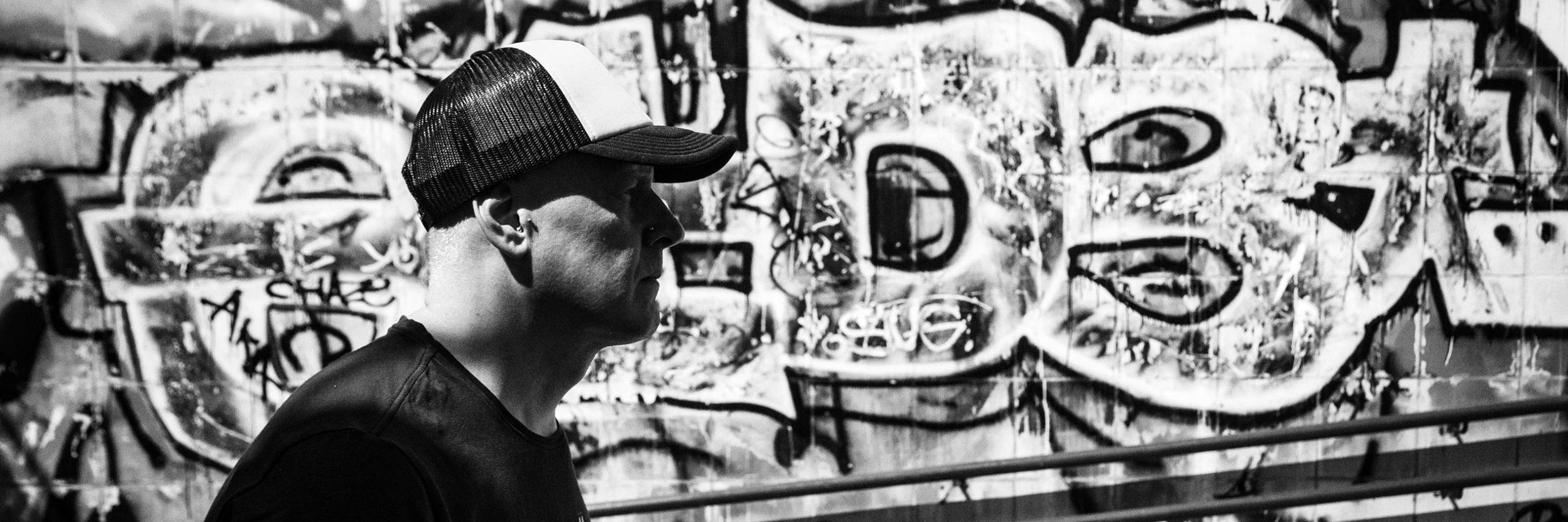 «Грузовики» и «Вагоновожатые». Как Антон Слепаков создал новый стиль в украинской музыке и стал зеркалом поколения