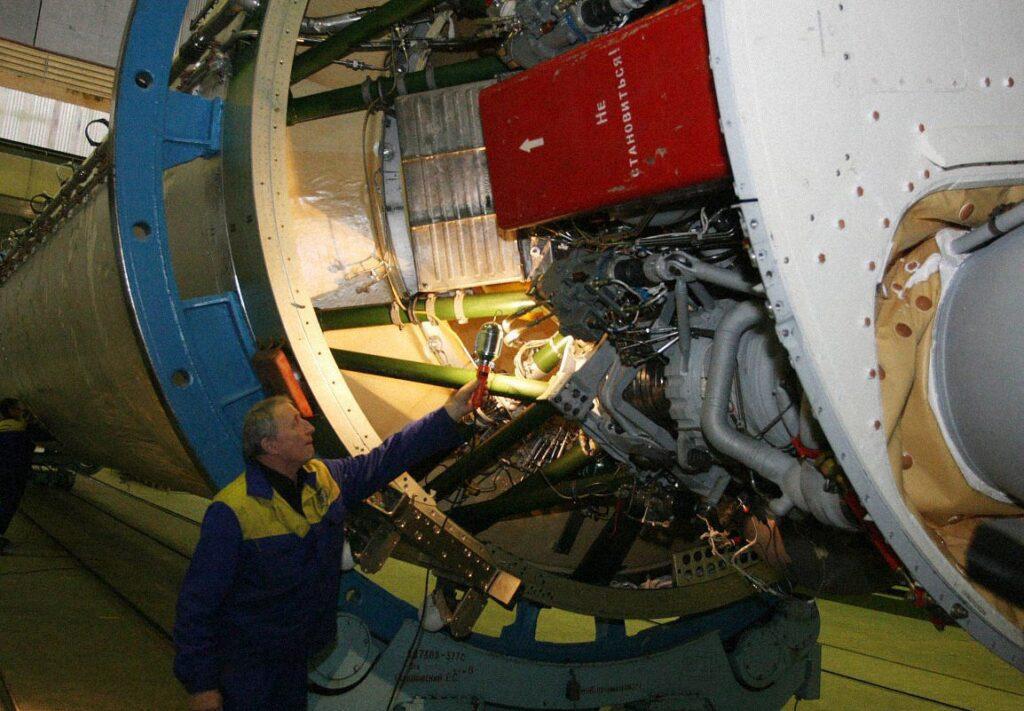 ukraines sputnik sich 09 1024x711 - <b>Украина планирует покорить космос спутником «Сич-2-30», но он может не долететь до орбиты.</b> Расследование Забороны - Заборона
