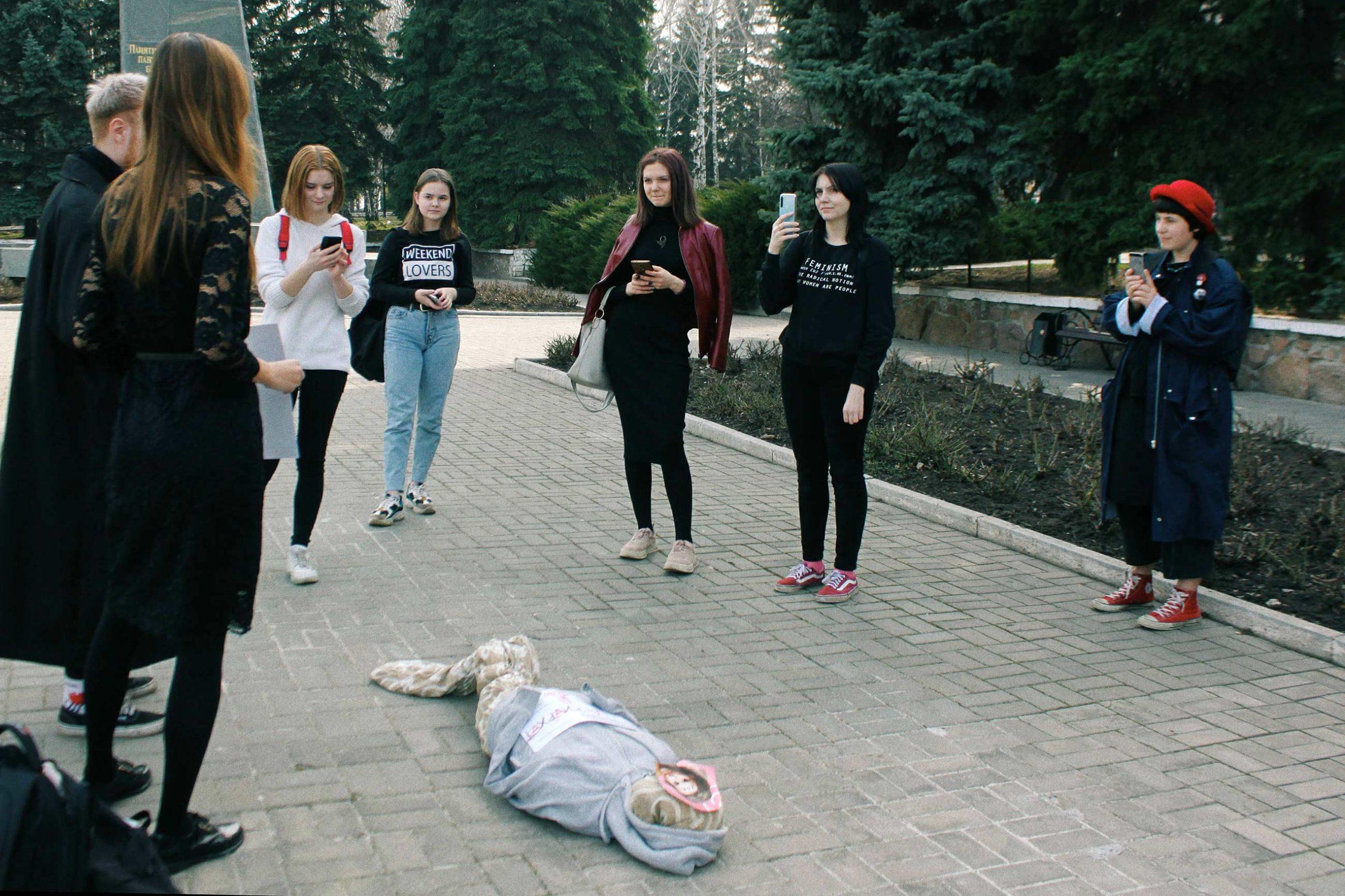 queer donbas 10.03 scaled - <b>«Донбас-квір».</b> Як активіст із Бахмута дав голос ЛГБТ-спільноті Донбасу - Заборона