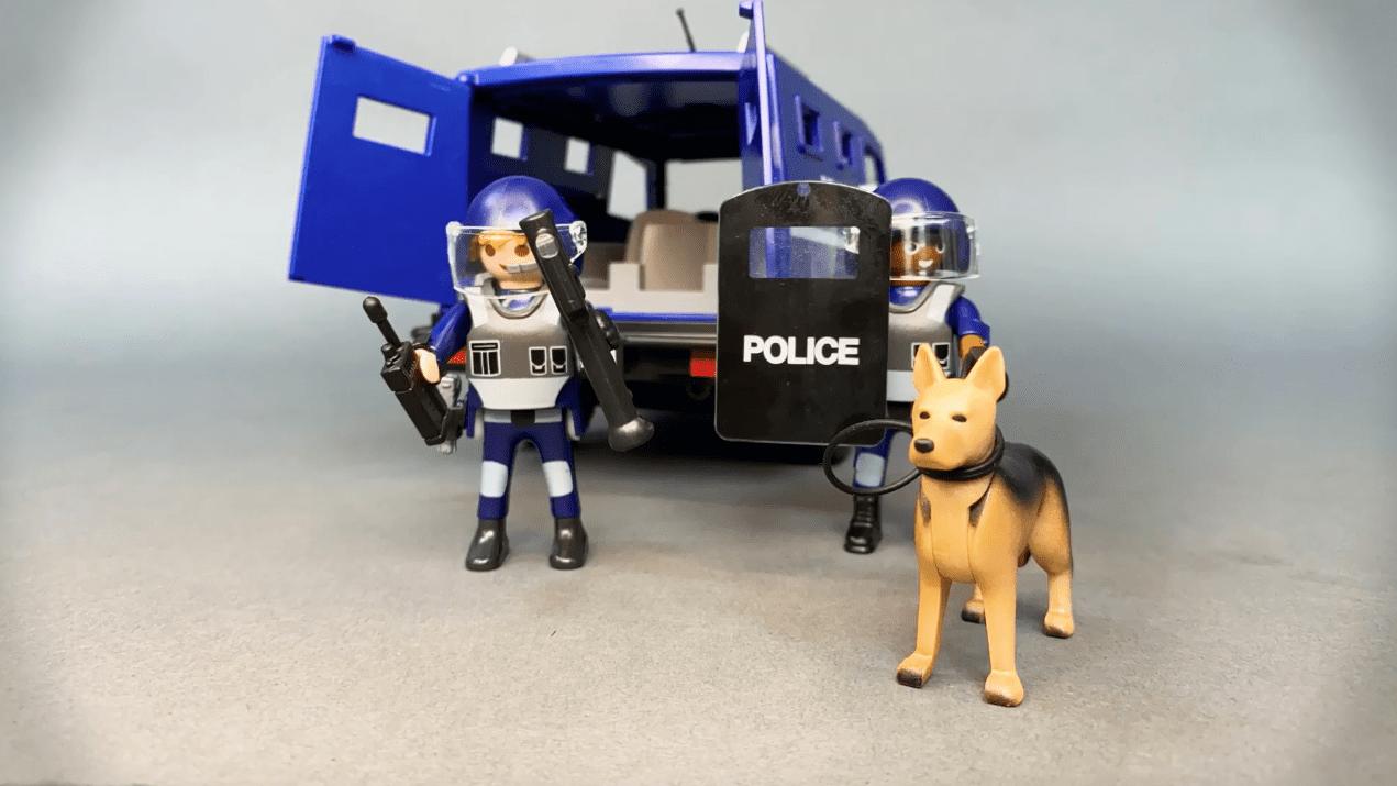 Іграшки для дітей нормалізують війну і стеження: чому це відбувається