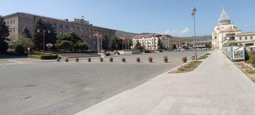 51526622728 8ede11d241 o 1024x462 - <b>Інша земля:</b> Нагірний Карабах через рік після війни - Заборона