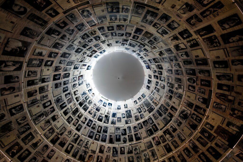 gettyimages 1210424029 1024x683 - <b>Бабин Яр дав нацистам план масових убивств. Аушвіц став продовженням — </b>розповідаємо про головні меморіали Голокосту - Заборона