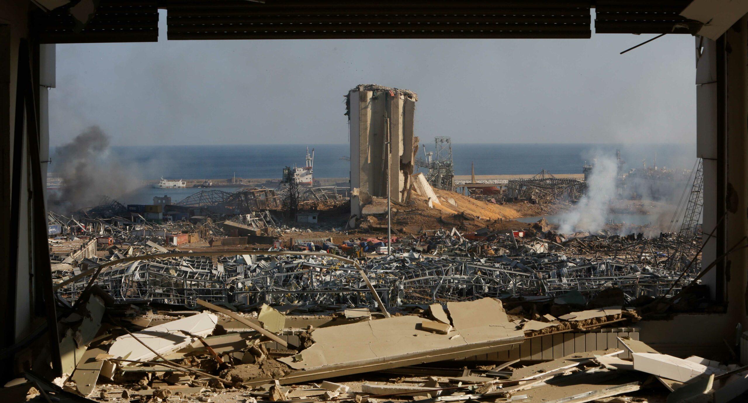 Наслідки вибуху в міському порту Бейрута, Ліван, 5 серпня 2020