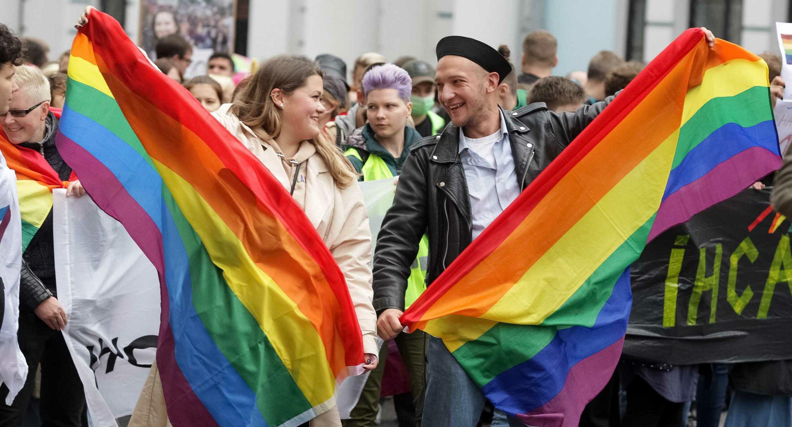 Марш рівності, премія за захист прав ЛГБТ+ та вимоги спільноти: яким був прайд-місяць 2021