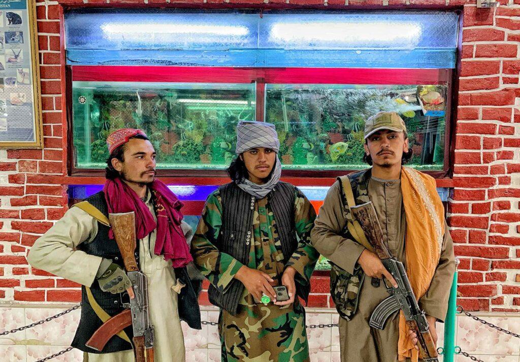 gettyimages 1342783070 1024x714 - <b>Прошло полтора месяца после прихода «Талибана» к власти в Афганистане.</b> Вот как (кардинально) изменилась жизнь в стране - Заборона