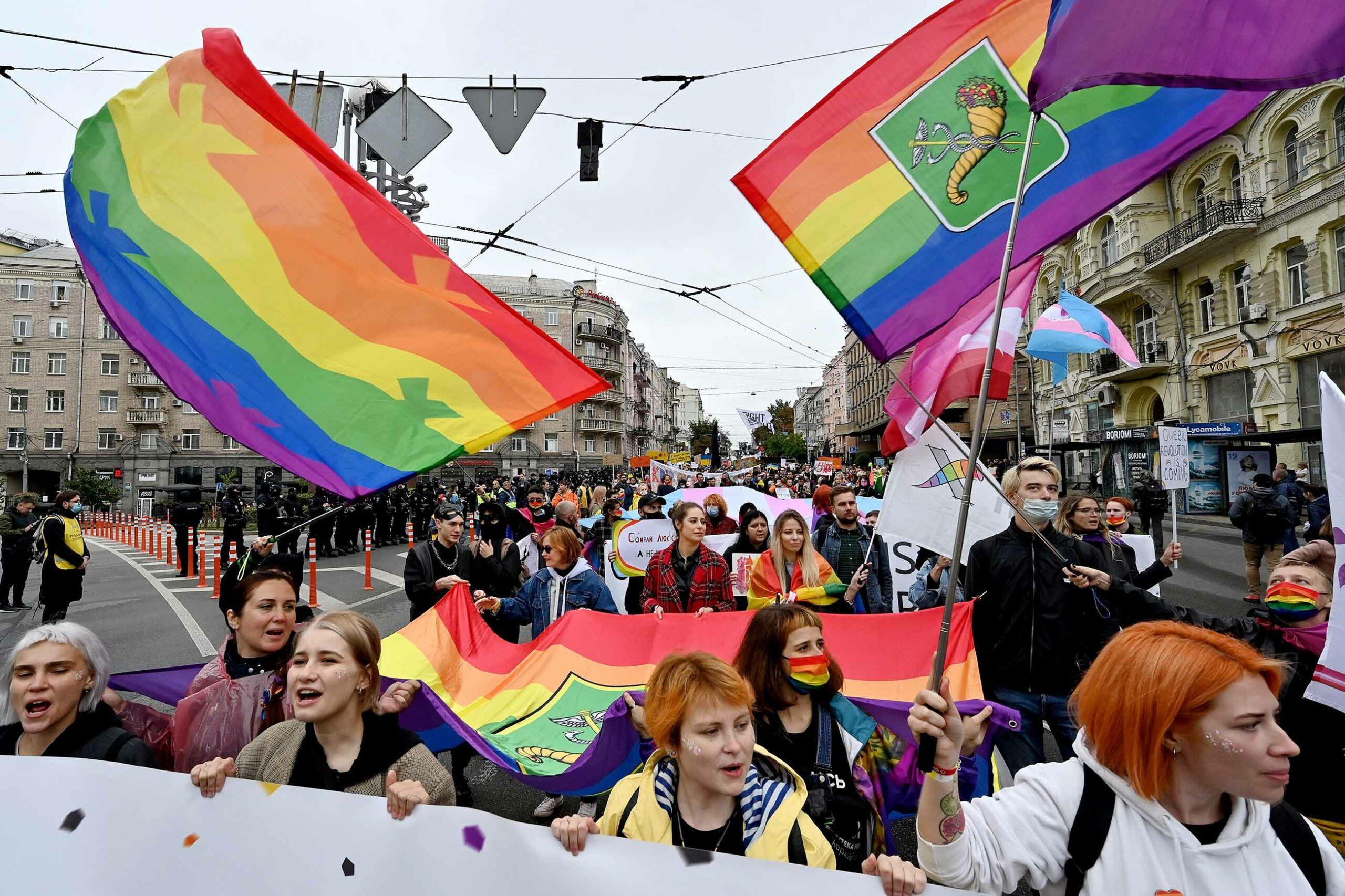 У Києві вперше публічно вручать нагороду за досягнення у захисті прав ЛГБТ+. Розповідаємо про номінантів