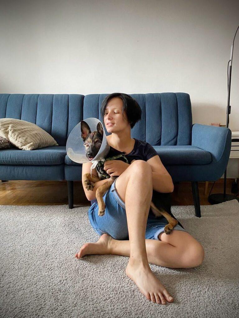 skibitska 01 768x1024 - <b>Хочу взяти тварину з притулку, але боюся!</b> Насправді це не страшно. Редакція Заборони ділиться своїм досвідом - Заборона