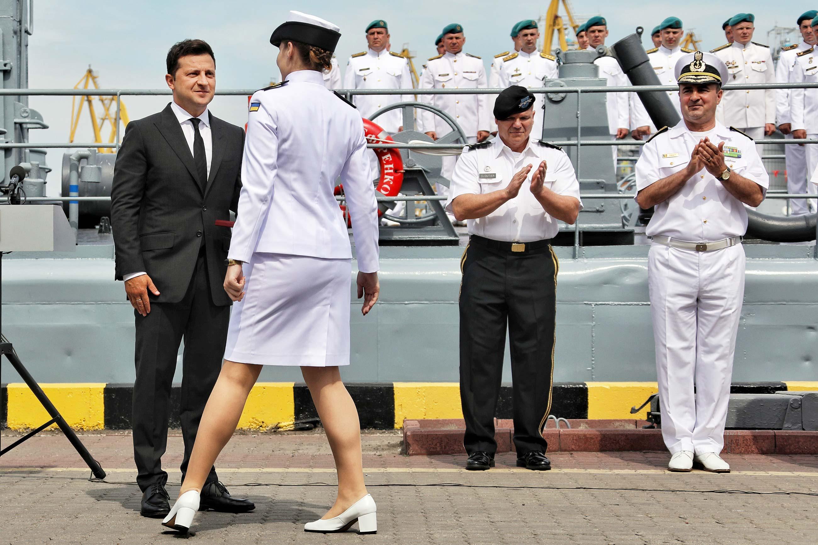gettyimages 1233813461 - <b>Без крейсера «Україна», та з «Айлендами» і «москітами»:</b> що відбувається з українським військовим флотом? - Заборона