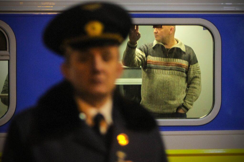 gettyimages 632091022 1024x683 - <b>Жінки (і не тільки) все частіше розповідають про напади в потягах.</b> Чому це відбувається та як захистити себе? - Заборона
