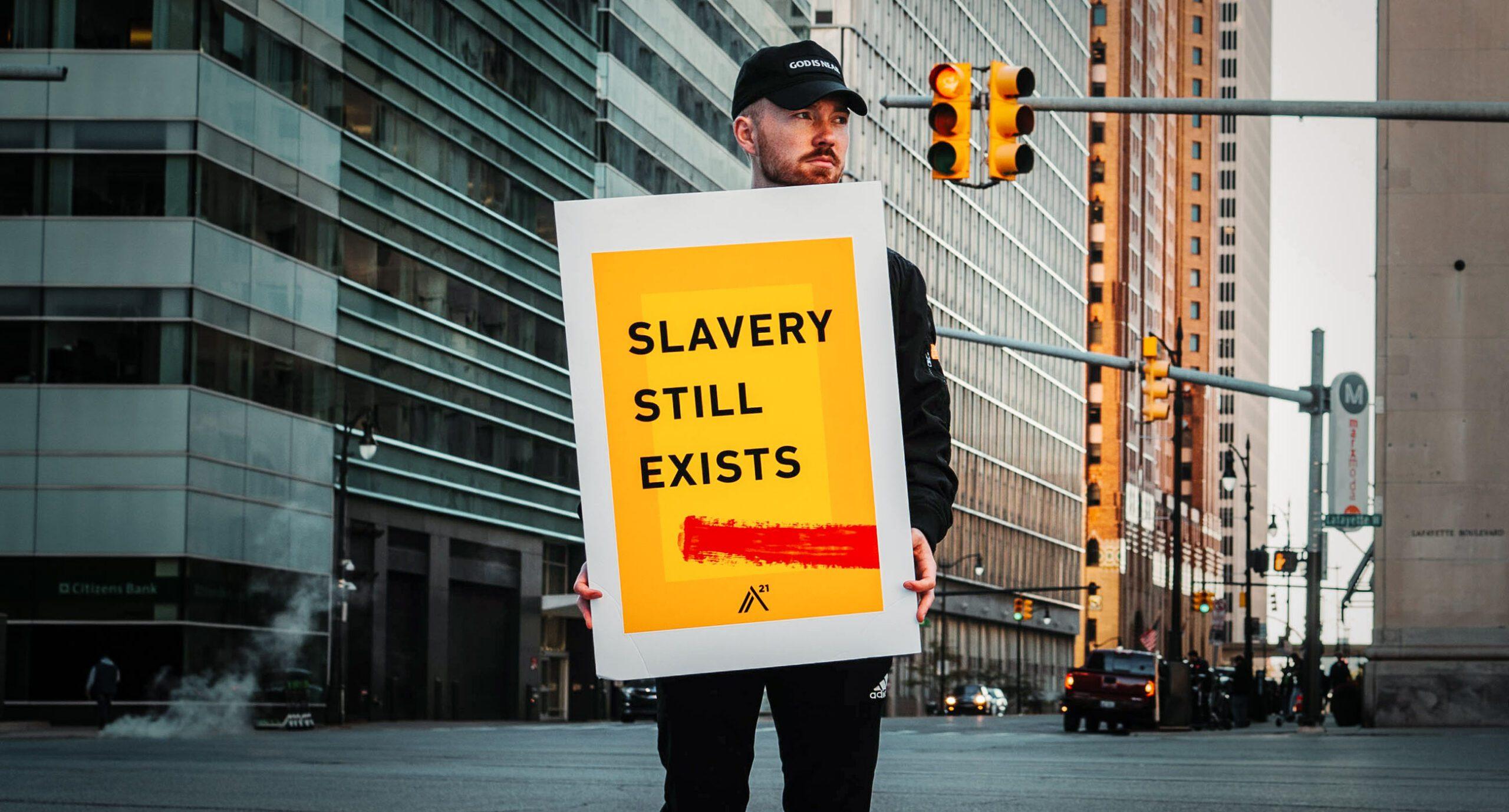 Трудове рабство в Україні: схеми, законодавство, статистика та реальність