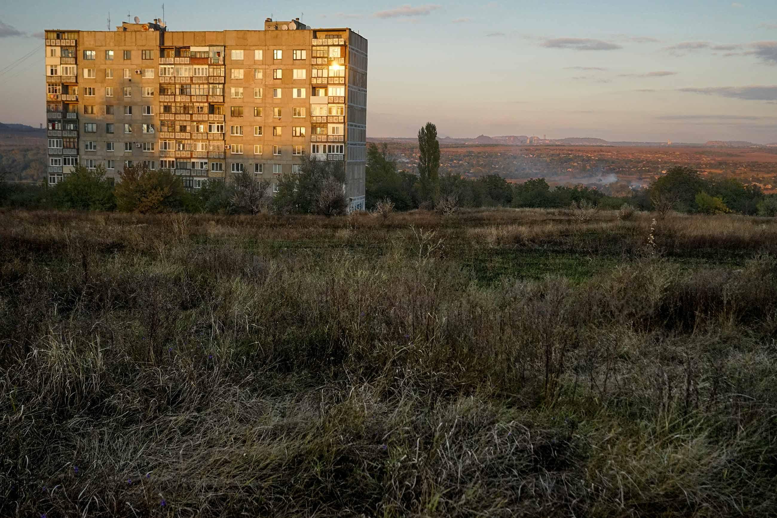 new york 0287 - <b>Смт Нью-Йорк у нестямі.</b> Селищу на Донбасі повернули історичну назву — і це запустило процес змін - Заборона