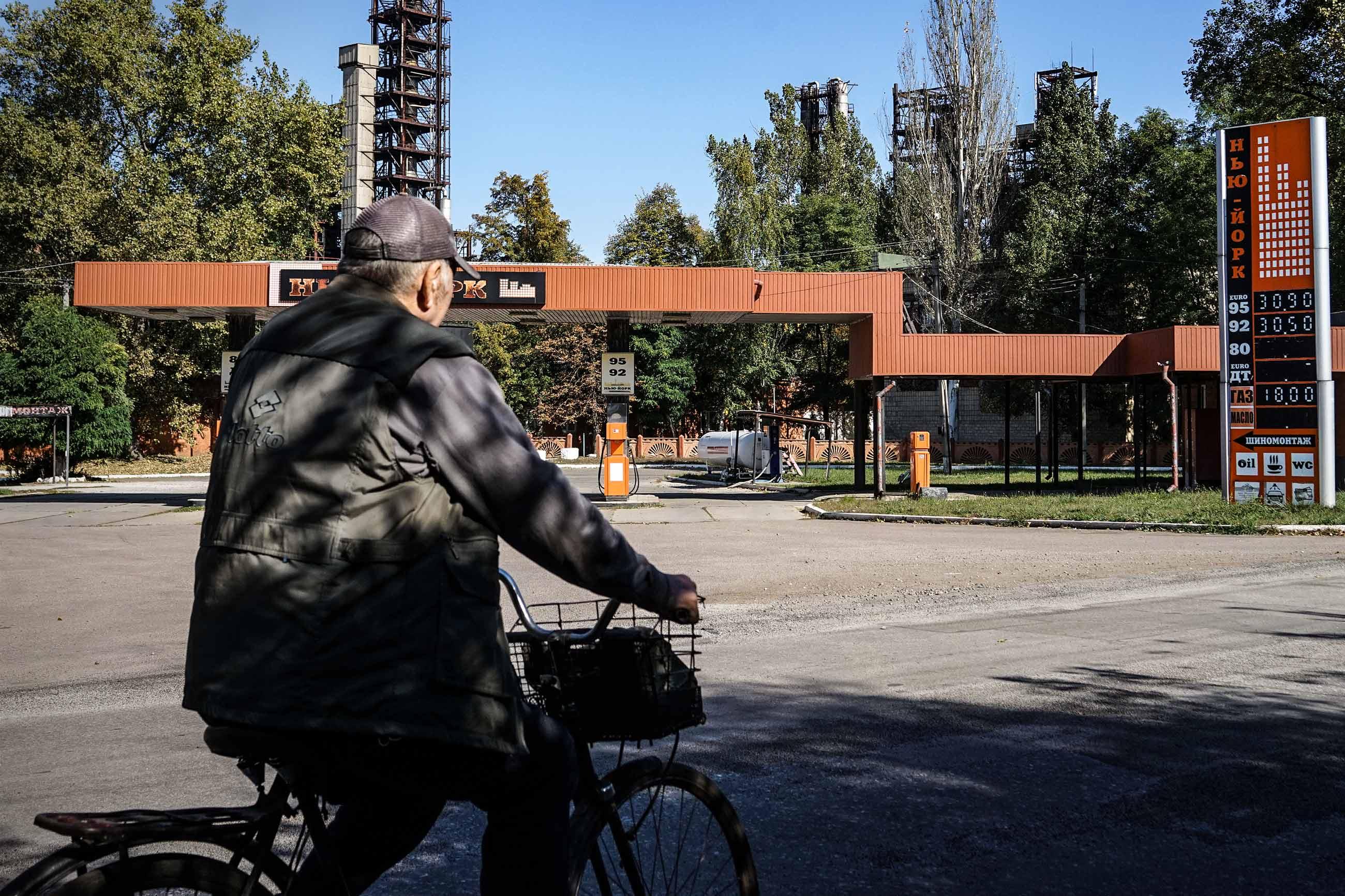new york 0370 - <b>Смт Нью-Йорк у нестямі.</b> Селищу на Донбасі повернули історичну назву — і це запустило процес змін - Заборона