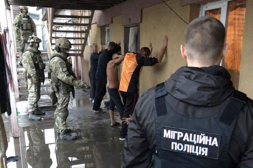 slavery 03 - <b>Хотіли роботу — втратили свободу.</b> Як українці потрапляють у трудове рабство та чому ця проблема ширша, ніж здається - Заборона